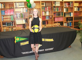 TAYLOR SHAWVOR who SIGNED WITH ABAC